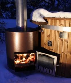 Vildmarksbad med ekstern ovn