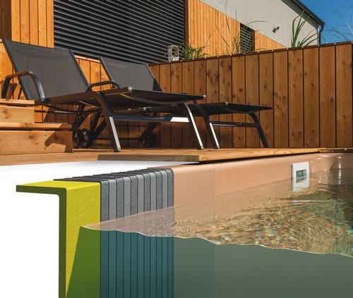 Glass-composite pool lag